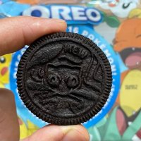 Close look at the rare Pokémon x OREO limited-edition Mew cookie